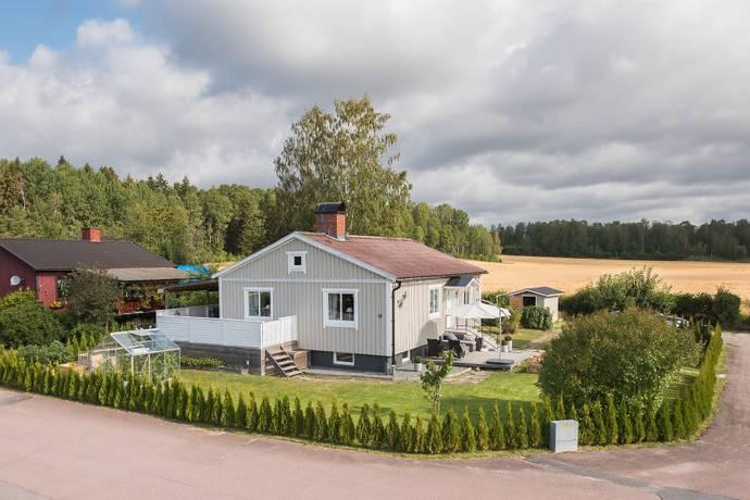 Bild: 4 rum villa på Malmåsvägen 2, Karlstads kommun Bårum