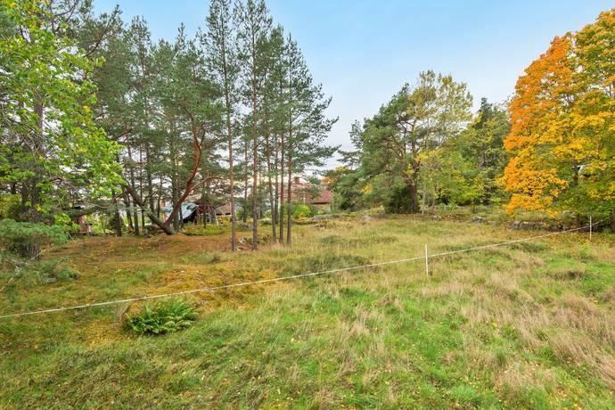 Bild: tomt på Klyvarestigen 7, Ekerö kommun Färingsö - Stenhamra