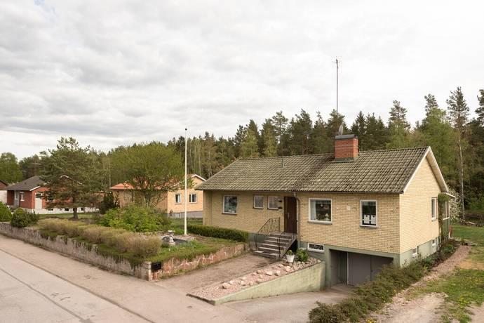 Bild: 4 rum villa på Dalavägen 52, Surahammars kommun Surahammar