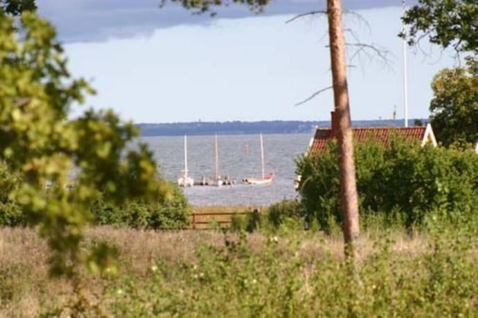 Bild: tomt på Barkvägen 9, Kalmar kommun Ekenäs
