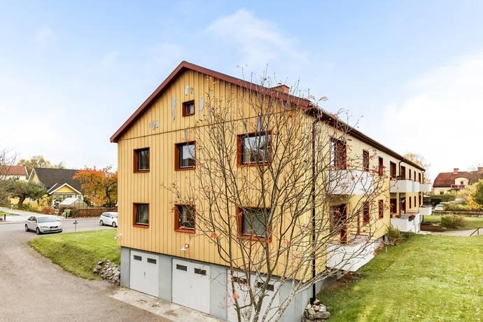 Bild: 4 rum bostadsrätt på Tingstugatan 29, Strängnäs kommun Tingstuhöjden/Storgärdet