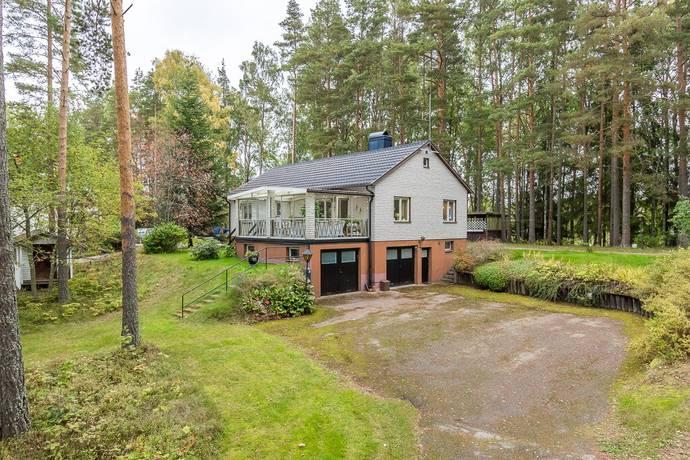Bild: 4 rum villa på Lungenvägen 1, Surahammars kommun Ramnäs