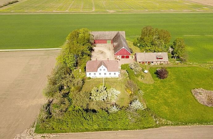 Bild: 8 rum villa på Åvarpsvägen 321, Ängelholms kommun Ängelholm - Norra Varalöv