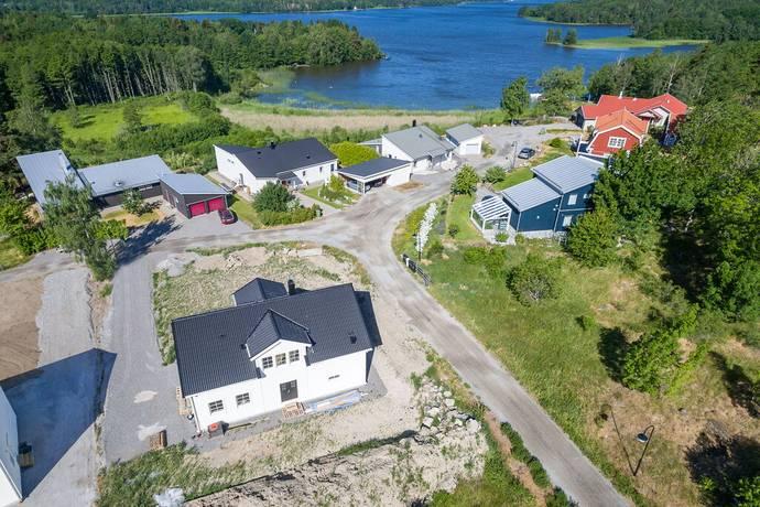 Bild: 2 rum villa på Brunnsåkersbacken 8, Strängnäs kommun Strängnäs