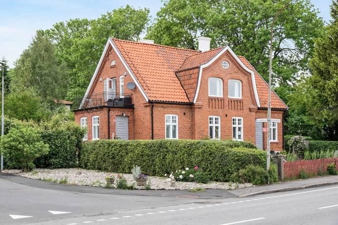 Bild: 7 rum villa på Köpmangatan 37, Simrishamns kommun Borrby