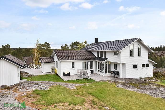 Bild: 7 rum villa på Svartträskvägen 32, Värmdö kommun Skeppsdalsström