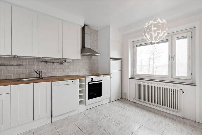 Bild: 1 rum bostadsrätt på Rådjursstigen 20, Solna kommun Bergshamra Norra