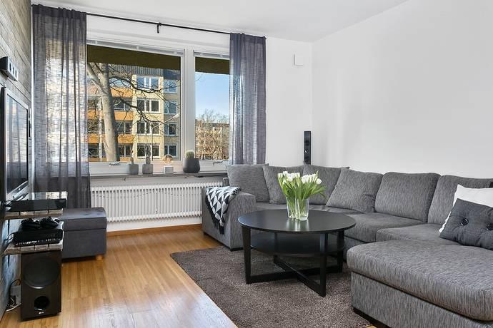 Bild: 2 rum bostadsrätt på Loftvägen 21, Huddinge kommun Skogås