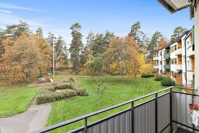 Bild: 4 rum bostadsrätt på Johannelundsvägen 23, Linköpings kommun JOHANNELUND