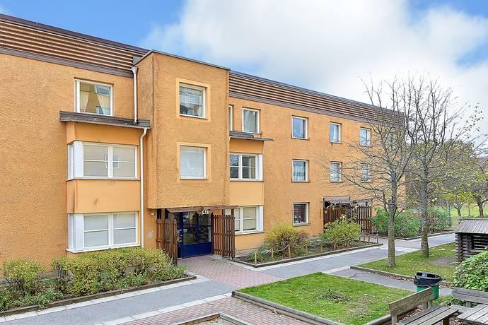 Bild: 4 rum bostadsrätt på Granövägen 47, Södertälje kommun Hovsjö