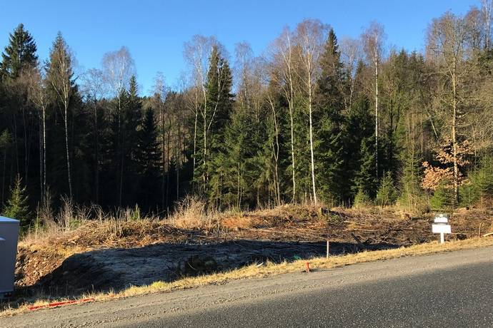 Bild: tomt på Sammetsvägen 6, Borås kommun Sandared