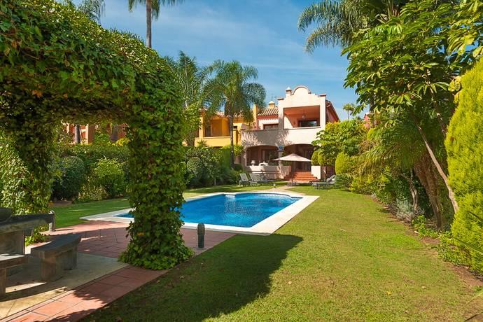 Bild: 5 rum villa på HOT-V5352-SSC, Spanien Nueva Andalucia