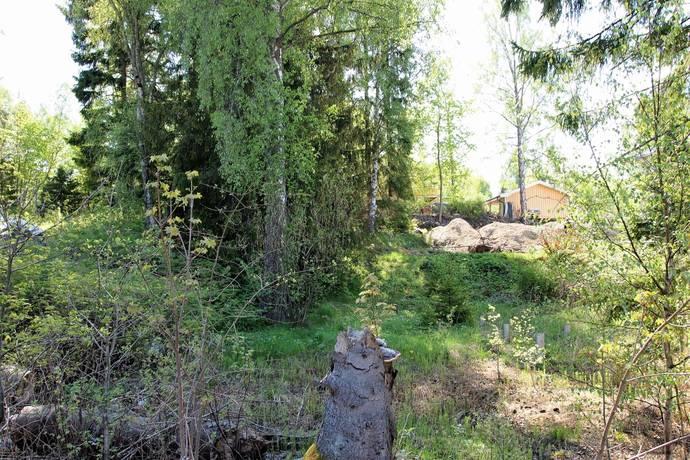 Bild: tomt på Sibyllavägen 3b, Huddinge kommun Glömsta