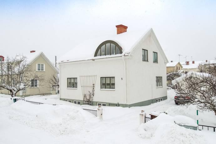Bild: 4 rum villa på Åsbäcksgatan 5, Söderhamns kommun Söderhamn