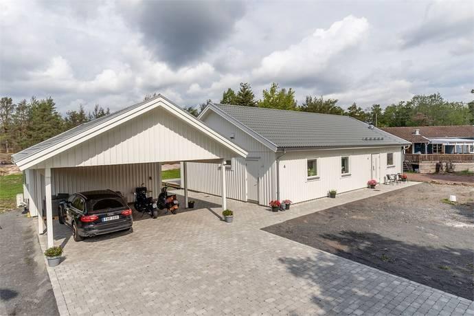 Bild: 4 rum villa på Spetsmejselvägen 4, Oskarshamns kommun Vånevik