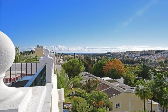 Bild: 4 rum bostadsrätt på Penthouse i eftertraktade Aloha Gardens - fantastisk utsikt!, Spanien Marbella- Nueva Andalucia