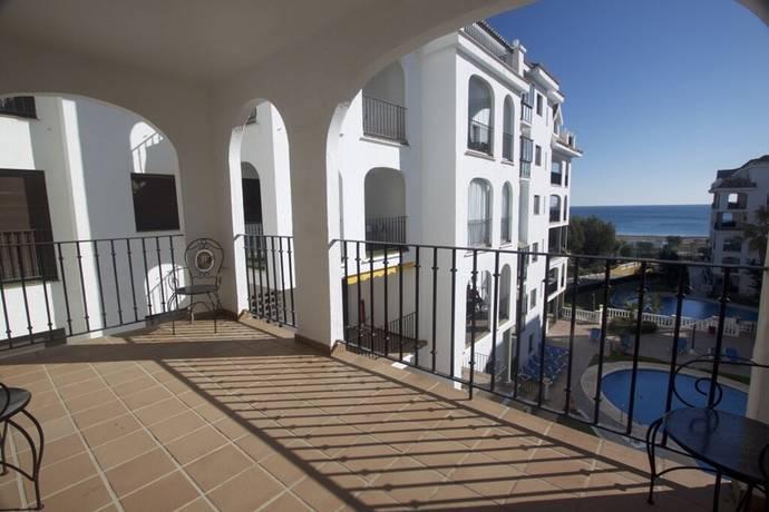 Bild: 3 rum bostadsrätt på Lägenhet beläget i La Duquesa - Beachfront, Spanien Estepona