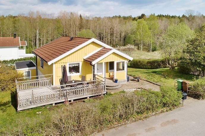 Bild: 5 rum villa på Tranbärsvägen 2, Uddevalla kommun Ljungskile