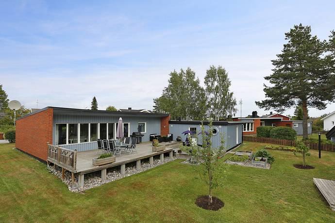 Bild: 4 rum villa på Enhörningsvägen 8, Luleå kommun Bergnäset