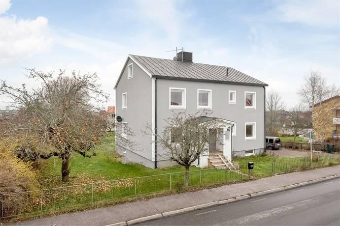 Bild: 8 rum villa på Mjölbyvägen 7, Ödeshögs kommun Centrala Ödeshög