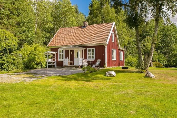 Bild: 5 rum villa på Sparlösa Österäng 1 och Sparlösa Höjesten 1, Vara kommun