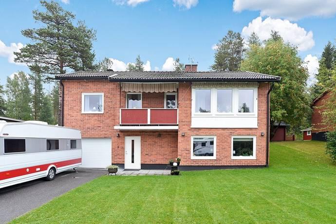 Bild: 5 rum villa på Åsgatan 43, Piteå kommun Klubbgärdet