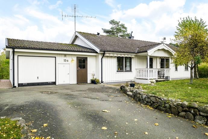 Bild: 4 rum villa på Gucka Ripas Väg 15b, Kristianstads kommun Äspet