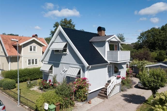 Bild: 6 rum villa på Hagarnevägen 25, Uddevalla kommun Centrum