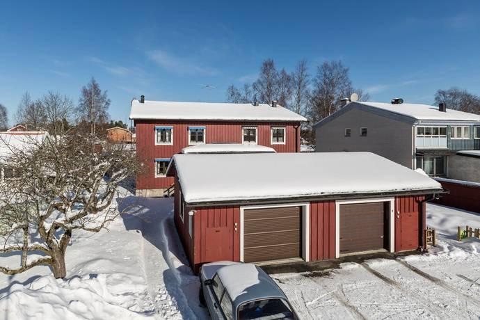par ledsagare underkastelse nära Umeå