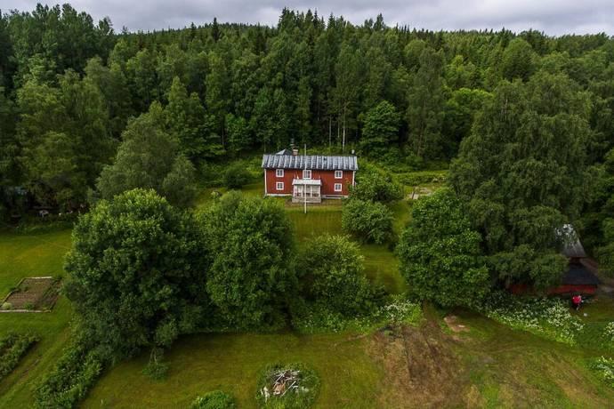 Bild: 9 rum villa på Norra Väsby Gård 2, Hagfors kommun Sunnemo