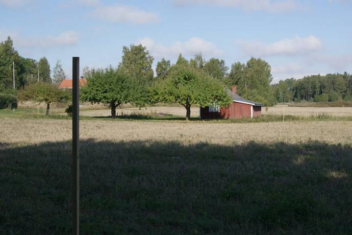 Bild: tomt på Litslena Sneby  45, Enköpings kommun