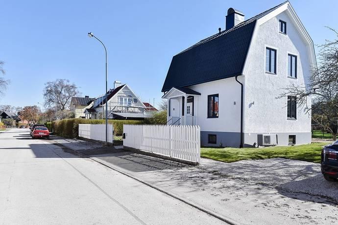 Bild: 8 rum villa på Romagatan 11, Gotlands kommun Visby