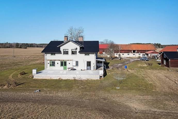 Bild: 8 rum gård/skog på Norrslyta 1, Köpings kommun Odensvi