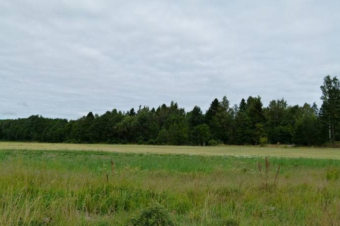 Bild: tomt på Murtegelstigen 3, Oxelösunds kommun