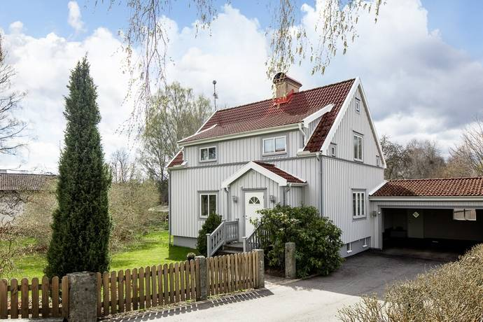 Bild: 5 rum villa på Säterivägen 9, Växjö kommun Gemla