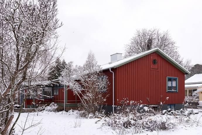 Bild: 5 rum villa på FLOTTÖRGATAN 32, Västerås kommun Berghamra