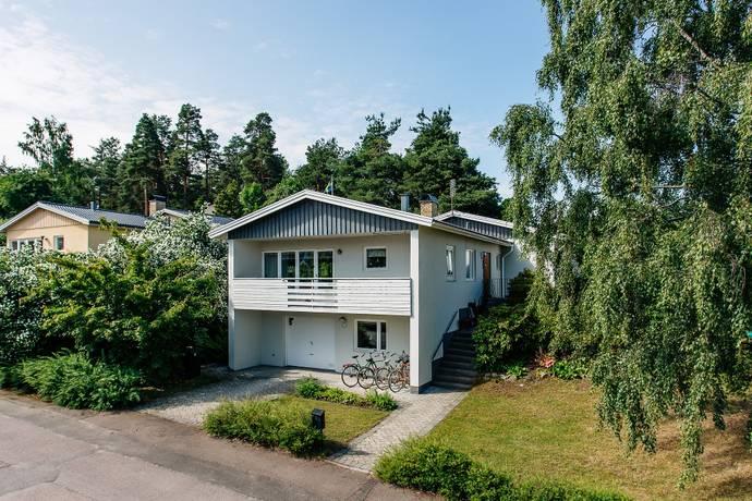 Bild: 6 rum villa på Högalidsgatan 7, Karlstads kommun Lamberget