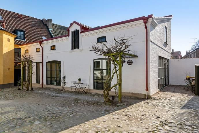 Bild: 4 rum villa på Västra vallgatan 8E, Ystads kommun