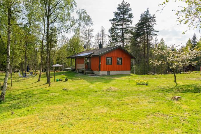 Bild: 3 rum fritidshus på Kättinge Sågbacken 1, Norrköpings kommun Vikbolandet