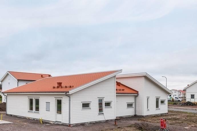 Bild: 5 rum villa på Lärlingsvägen 1, Mjölby kommun Olofstorp