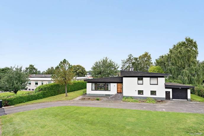Bild: 6 rum villa på Tegelslagarevägen 9, Kristianstads kommun Kulltorp