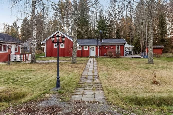 Bild: 3 rum villa på Pumpstigen 3, Köpings kommun Sundänge