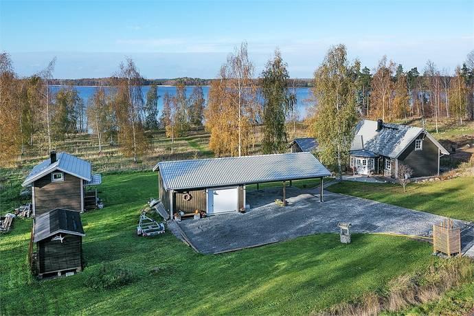 Bild: 4 rum villa på Brenäsvägen 111, Katrineholms kommun