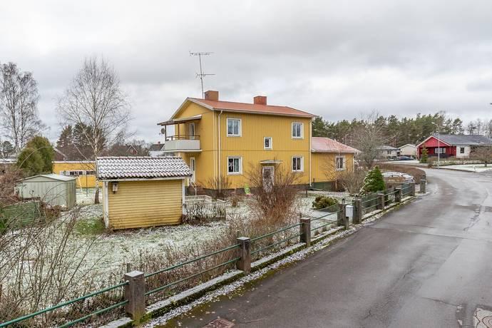 Bild: 6 rum villa på Ringvägen 3, Vimmerby kommun Södra Vi