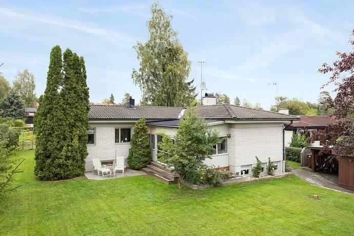 Bild: 5 rum villa på Blåbärsvägen 7, Bollnäs kommun Björktjära