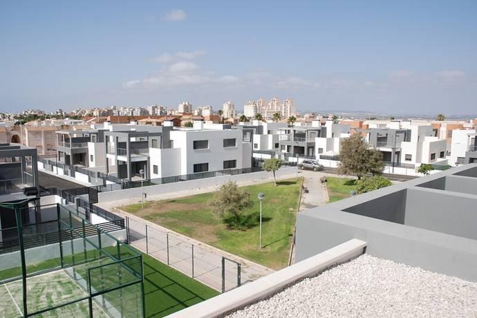 Bild: 3 rum villa på Moderna bungalows med alla servicer, Spanien Aguas Nuevas-Torrevieja-Costa