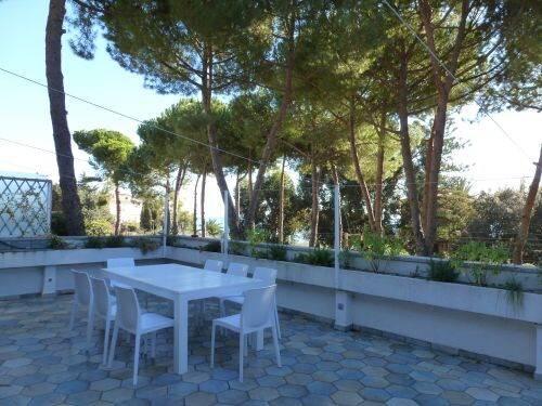 Bild: 4 rum bostadsrätt på Ventimiglia, Italien Ventimiglia, Imperia
