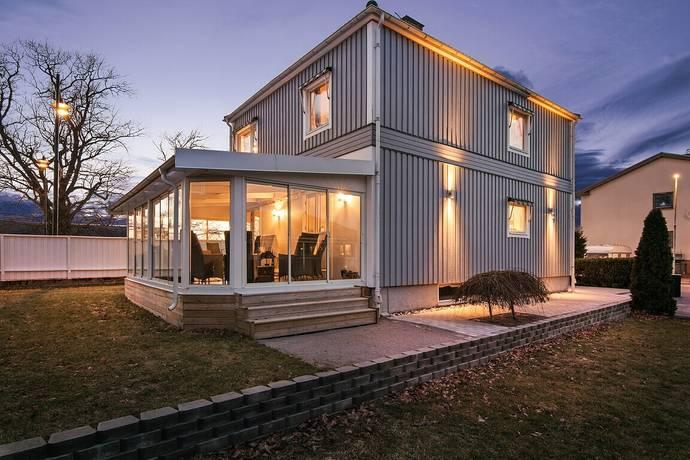 Bild: 5 rum villa på Lindhagagatan 53, Norrköpings kommun