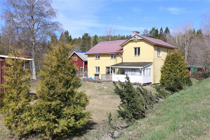 Bild: 5 rum villa på Helgumsbro 212, Härnösands kommun Helgum