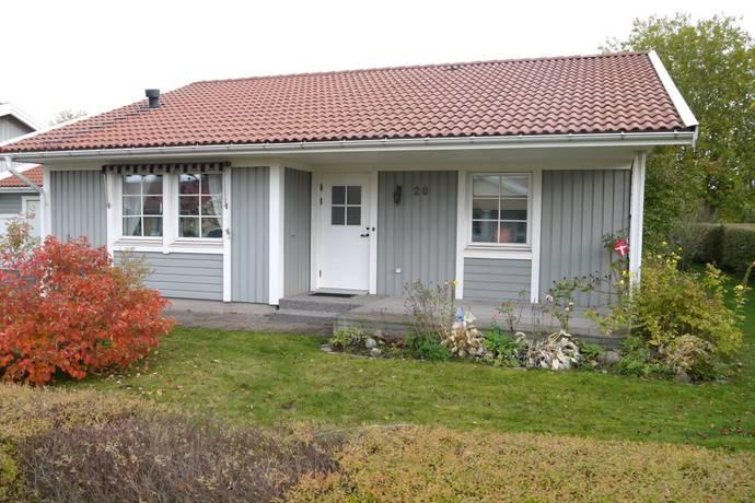Bild: 3 rum bostadsrätt på Bäckaforsvägen 20, Götene kommun Lundsbrunn